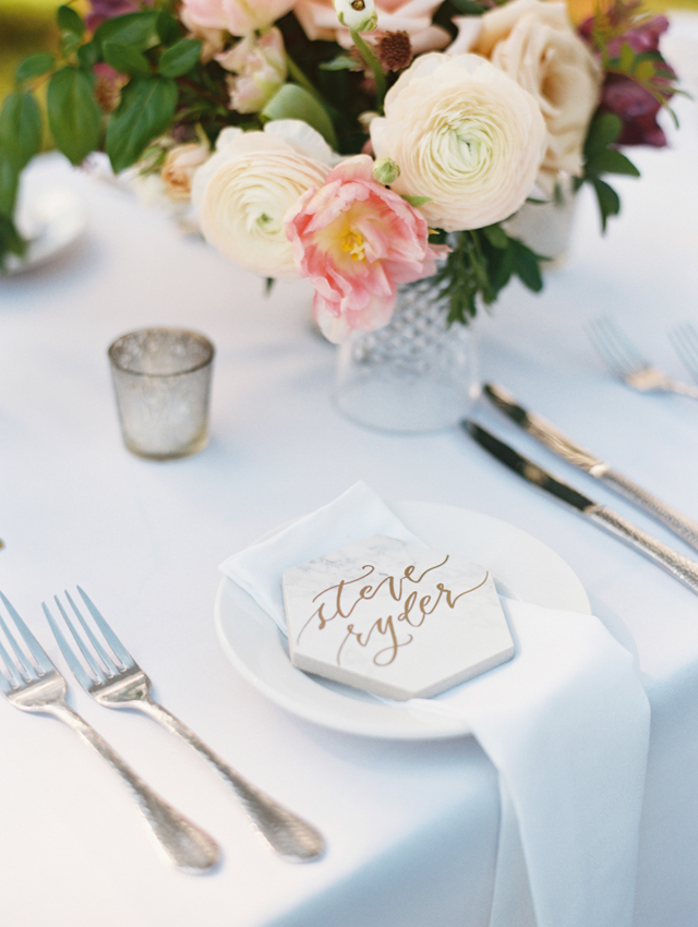 6 Unconventional DIY Place Settings Ideas - The Social Kitchen